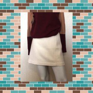 🦙Cream Banana Republic Skirt